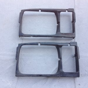 '84-'86 plastic headlight surround for passenger side