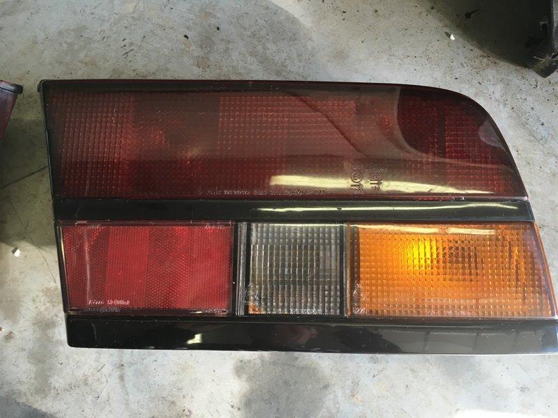 '84-'86 turbo smoked right rear tail light